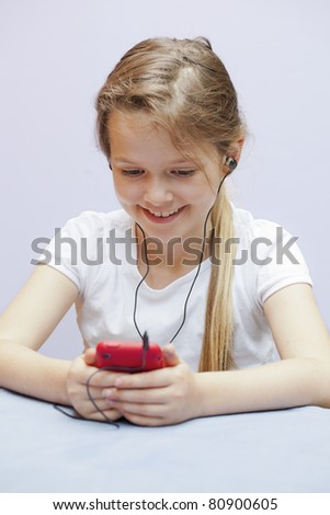 A seven year old girl who used a smart phone