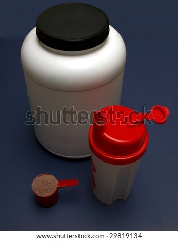 A Shaker used to mix milk with meal replacement products and subsequent drinking of the mix