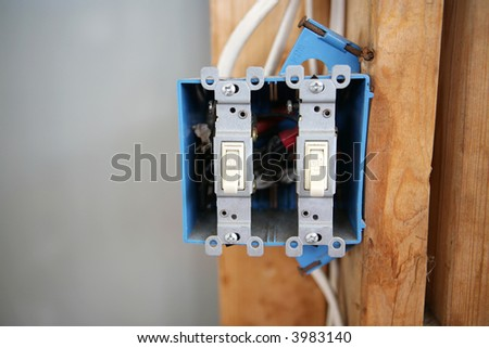 Illuminated 4 Gang Switch Panel Wiring Diagram additionally IF605 AGU 60   FUSE 5 PACK P338 likewise IFH4 4 TO 8 GAUGE AGU FUSE HOLDER P342 likewise Roll It Ride It Shake It as well Boat Fuse Box Location X Star. on waterproof marine fuse box
