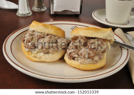 A variation of chipped beef on toast using ground beef and white sauce on biscuits