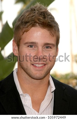 <b>Aaron Hill</b> at &#39;Smiles from the Stars - A tribute to the Life and work - stock-photo-aaron-hill-at-smiles-from-the-stars-a-tribute-to-the-life-and-work-of-roy-scheider-beverly-105972449