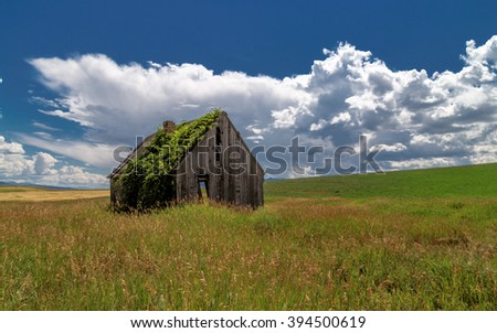 Abandoned bunk house in rural Idaho - stock photo