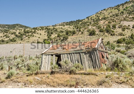 Abandoned cabin or home in need of repair