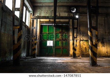 abandoned vehicle repair station