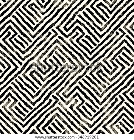 Abstract distressed decorative maze motif. Seamless pattern.