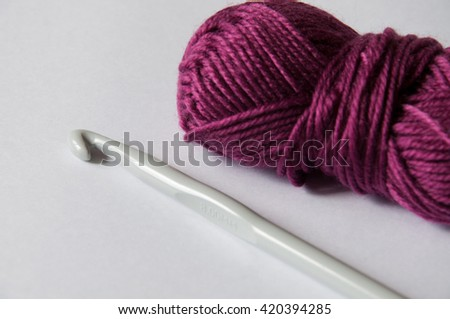 Accessories Knitting: Crochet hook and wool thread