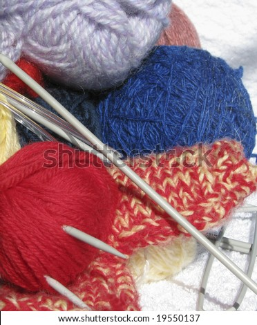 Accessories to knitting