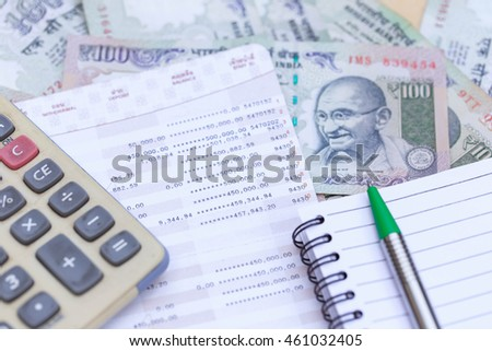 Savings Account Stock Photos, Royalty-Free Images & Vectors