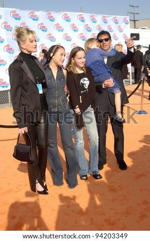 Actor ANTONIO BANDERAS & actress wife MELANIE GRIFFITH & family at Nickelodeon's 15th Annual Kids Choice Awards in Santa Monica.  20APR2002.  Paul Smith / Featureflash - stock photo
