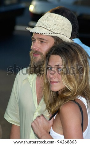 Actor BRAD PITT & actress wife JENNIFER ANISTON at the Los Angeles premiere of his new movie Full Frontal. 23JUL2002  Paul Smith / Featureflash - stock photo