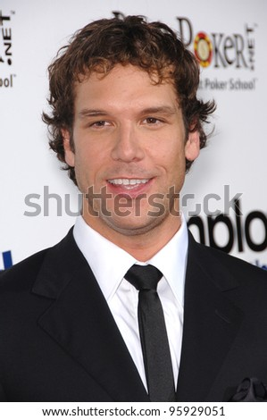 "Actor DANE COOK at the Los Angeles premiere for his new movie ""Employee of the Month"" at the Grauman's Chinese Theatre, Hollywood. September 19, 2006  Los Angeles, CA  2006 Paul Smith / Featureflash"