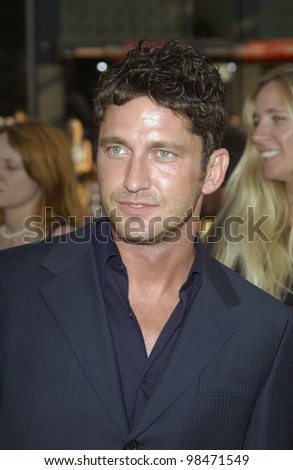 Actor GERARD BUTLER at the world premiere of his new movie Lara Croft Tomb Raider: The Cradle of Life, at Grauman's Chinese Theatre, Hollywood. July 21, 2003  Paul Smith / Featureflash
