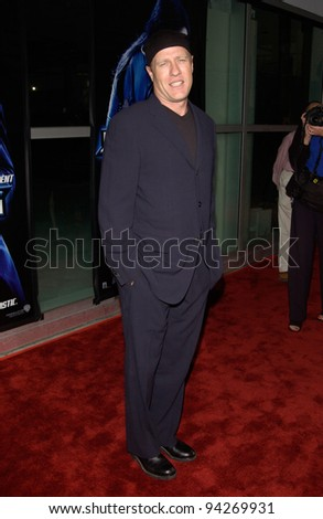 Actor GREGG HENRY at the world premiere, in Los Angeles, of his new movie Ballistic: Ecks vs. Sever. 18SEP2002   Paul Smith / Featureflash