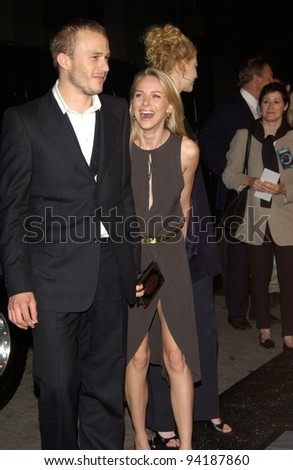 Actor HEATH LEDGER & actress girlfriend NAOMI WATTS at the premiere, in Los Angeles, of Watts' new movie The Ring. 09OCT2002.   Paul Smith / Featureflash