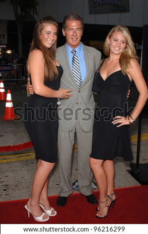 Actor JACK SCALIA & daughters JACQUELINE (left) & OLIVIA at the Los Angeles premiere of his new movie Red Eye. August 4, 2005 Los Angeles, CA  2005 Paul Smith / Featureflash