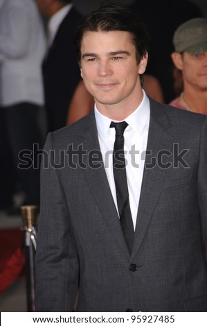 "Actor JOSH HARTNETT at the Los Angeles premiere of his movie ""The Black Dahlia"". September 6, 2006  Los Angeles, CA  2006 Paul Smith / Featureflash"