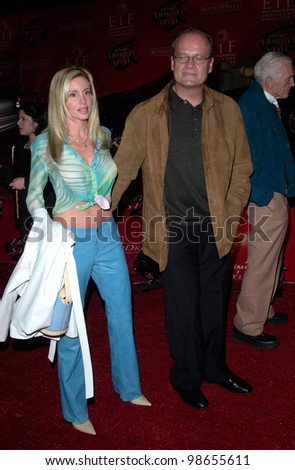 Actor KELSEY GRAMMER & wife CAMILLE at the Jaguar Tribute to Style Gala at Santa Monica Airport.  18MAR2001.    Paul Smith/Featureflash - stock photo