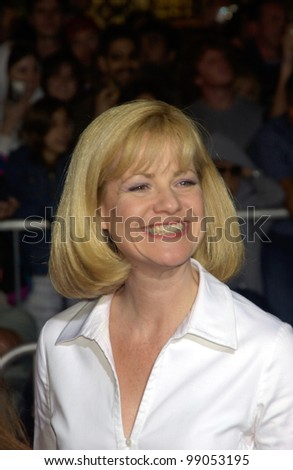 Actress BONNIE HUNT at the world premiere, in Hollywood, of The Ladykillers. March 12, 2004