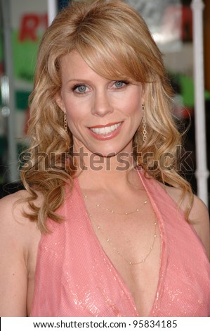 "Actress CHERYL HINES at the Los Angeles premiere of her new movie ""RV"". April 23, 2006  Los Angeles, CA  2006 Paul Smith / Featureflash"