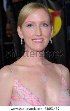 Actress JANEL MOLONEY at the 7th Annual Screen Actors Guild Awards in Los Angeles. 11MAR2001.    Paul Smith/Featureflash