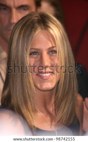 Actress JENNIFER ANISTON at the Los Angeles premiere of her new movie Rock Star. 04SEP2001.   Paul Smith/Featureflash - stock photo