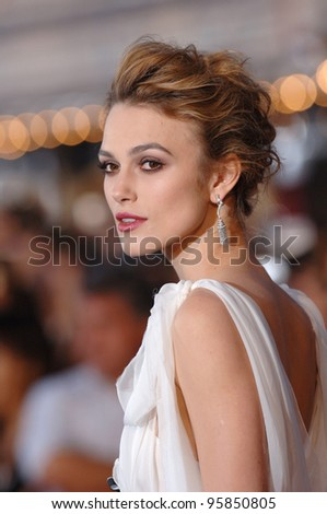 """Actress KEIRA KNIGHTLEY at the world premiere of her new movie """"Pirates of the Caribbean: Dead Man's Chest"""" at Disneyland, CA. June 24, 2006  Anaheim, CA  2006 Paul Smith / Featureflash - stock photo"""