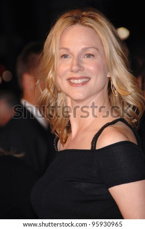 "Actress LAURA LINNEY at the world premiere of her new movie ""Man of the Year"" at the Grauman's Chinese Theatre, Hollywood. October 4, 2006  Los Angeles, CA Picture: Paul Smith / Featureflash"