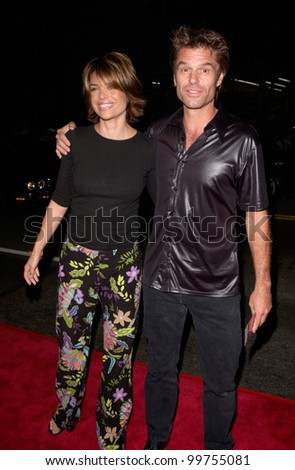 Actress LISA RINNA & actor husband HARRY HAMLIN at the world premiere of Charlie's Angels, at the Mann's Chinese Theatre in Hollywood. 22OCT2000.  Paul Smith / Featureflash