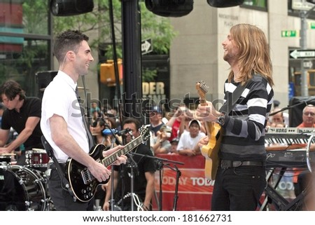 Adam Levine, James Valentine on stage for NBC Today Show Concert with Maroon 5, Rockefeller Center, New York, NY, May 28, 2007 - stock photo