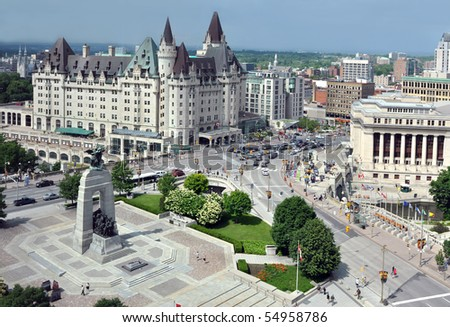 Aerial view of Ottawa's Cenotaph and Chateau Laurier on a sunny afternoon - stock photo