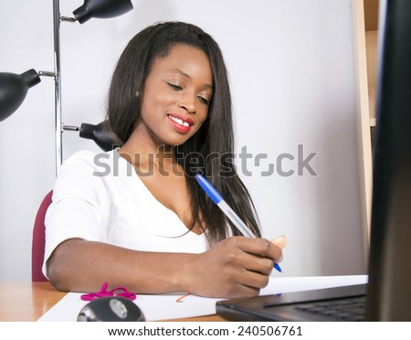 african attractive business woman
