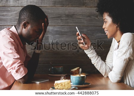 Dating a guy who is obsessed with another girl