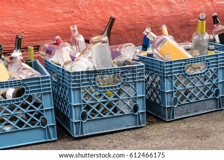 Bottle recycling stock images royalty free images for Empty wine crates