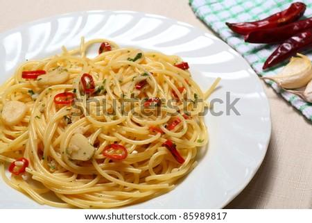 Aglio olio e peperoncino - stock photo
