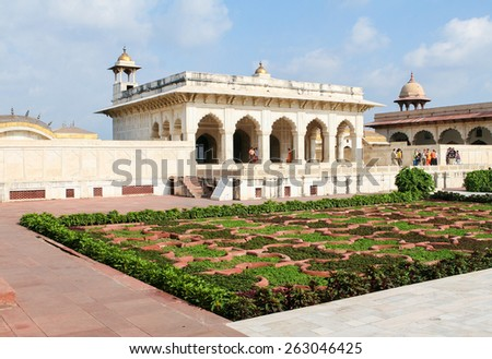 AGRA, INDIA - SEPTEMBER 22, 2008: Unidentified vistors at Agra Fort in Agra, Uttar Pradesh, India - stock photo