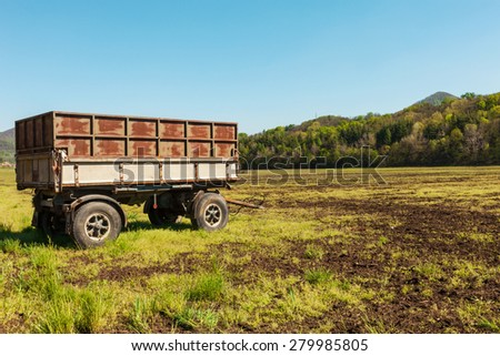 Agriculture, abandoned wagon