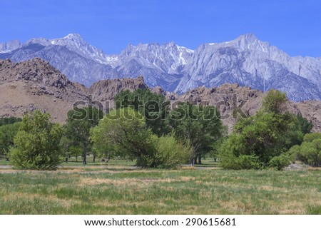 "Alabama Hills are a ""range of hills"" and rock formations near the eastern slope of the Sierra Nevada Mountains - stock photo"