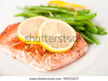Alaskan Sokeye Salmon Grilled with Green Beans - stock photo