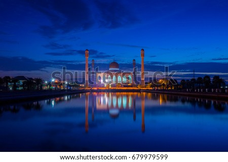Amazing partly cloudy sky and beautiful sunset at Central Mosque Songkhla, Songkhla, Thailand