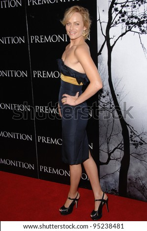 "Amber Valletta at the world premiere of ""Premonition"" at the Cinerama Dome, Hollywood.  March 13, 2007  Los Angeles, CA Picture: Paul Smith / Featureflash"