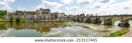 Amboise, France: Along the route of the castles on the Loire River - Ville d'Amboise et le Chateau d'Amboise - stock photo