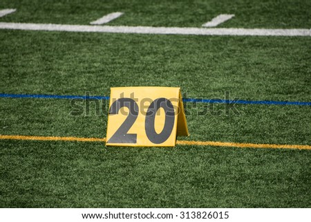 American football field measure of the yard lines