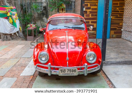 AMPHAWA, THAILAND -13 MAR 2016 :  VW Beetle car in the Amphawa floating market, VWs were manufactured from 1938 to 2003, making it one of most successful cars ever. - stock photo