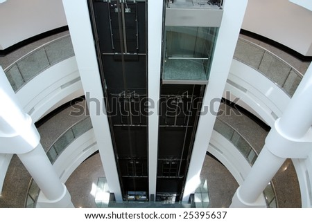 An elevator in a building (bird's view)
