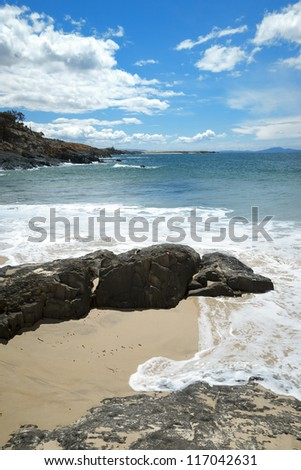 An image of a beautiful beach and the blue sky