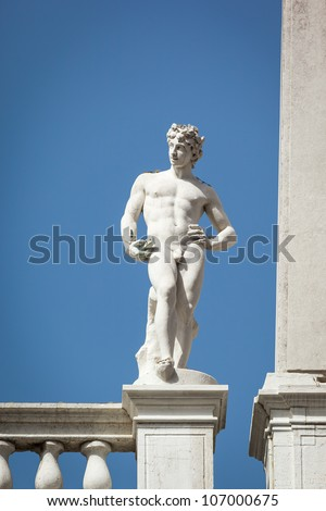 An image of a beautiful sculpture in Venice Italy