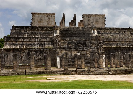 Ancient Mayan temple detail at Chichen Itza, Yucatan, Mexico
