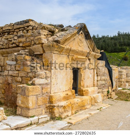 Ancient temple ruins in Hierapolis, Pamukkale, Turkey. UNESCO World Heritage - stock photo