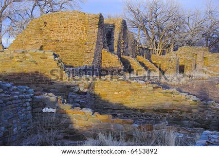 Ancient town of pre-historic Indian cultures of American southwest and surroundings, Aztec Ruins National Monument