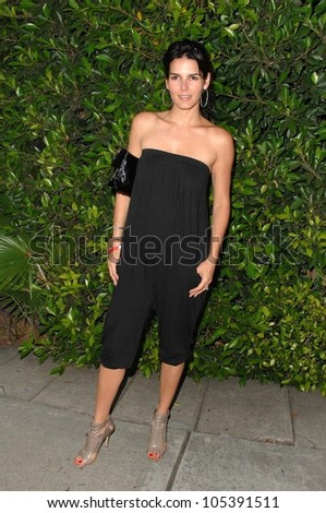 Angie Harmon at Alliance For Children's Rights' 2nd Annual 'Dinner With Friends'. Private Residence, Los Angeles, CA. 06-02-09 - stock photo